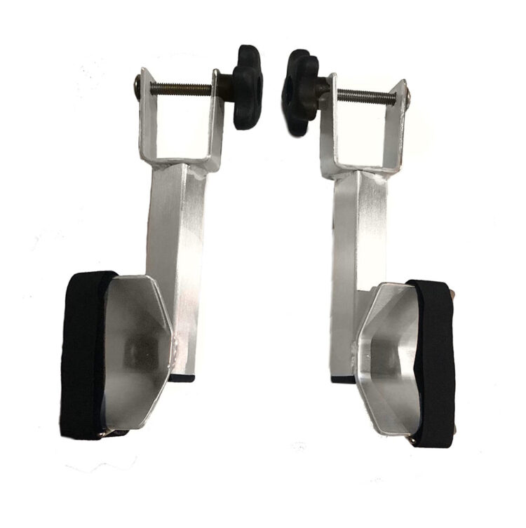 2 short tire supports
